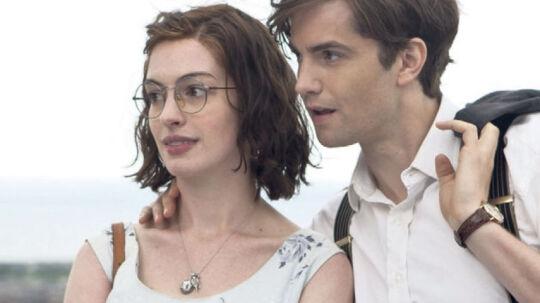 Anne Hathaway og Jim Sturgess i Lone Scherfigs film 'Samme dag næste år'.