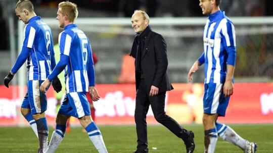 Cheftræner Niels Frederiksen var lettet over, at det lykkedes Esbjerg at holde fast i føringen.