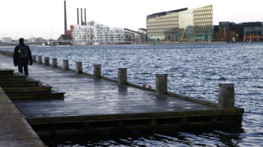 Vandstanden i København og Øresundområdet er steget 1,5 meter som følge af søndagens storm.