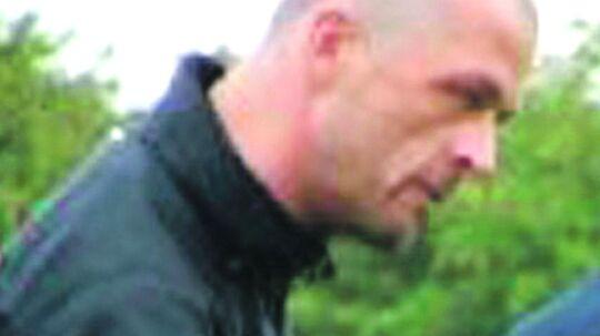Amagermanden, Marcel Lychau Hansen, fungerede som træner i AB Tårnby, og her var han særdeles vellidt. Kendt som en der hjalp unge ud af kriminalitet ved at hive dem væk fra gaderne og ud på fodboldbanerne. Men Marcel havde også en mørk side. Ifølge anklageskriftet står han bag to drab og otte voldtægter. Et billede som vennerne i klubben slet ikke kan genkende.