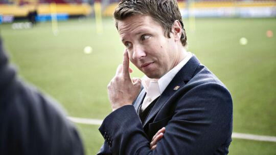 FCN-sportsdirektør, Jan Laursen, har været på sygeorlov siden august, og ventes ikke tilbage foreløbigt