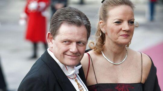 Lars Barfoede orienterede pressen om sin skilsmisse, uden at konen vidste det. Her ses den konservative formand og Vibeke Sylvest Barfoed ved Dronning Margrethes 70 års fødselsdag på Den Kongelige Teater i 2010.