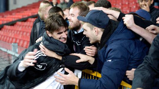 Cesar Santin tiljubles af FC Københavns fans efter sine to scoringer mod OB, der gjorde ham til den mest scorende FCK-spiller nogensinde.