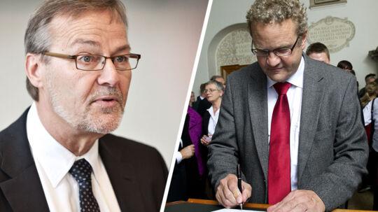Erhvervsminister Ole Sohn undrer sig over Venstre-advokaten Preben Bang Henriksen, der gang på gang har kaldt erhvervsministeren i samråd vedrørende retssagen omkring EBH Bank.