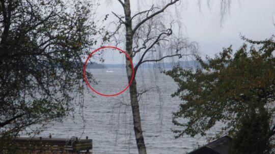 Det svenske forsvar har offentliggjordt et billede, der viser den mystiske ubåd i svensk farvand.