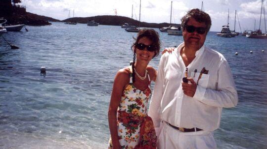 Janni Spies-Kjær og Christian Kjær på ferie på deres private ø, Great st. James, i Caribien.