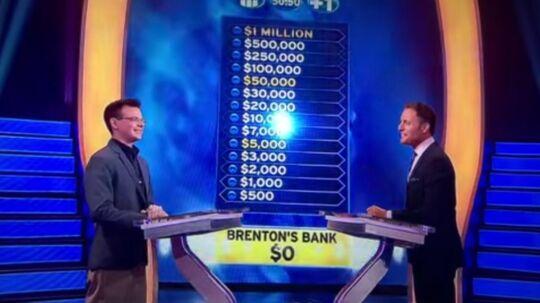 Lægen Brenton, tv, i den amerikanske udgave af 'Hvem vil være millionær'.