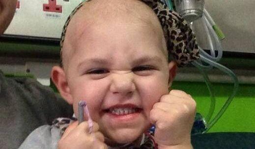 Ved et rent tilfælde, takket være et insektbid, der ikke ville hele, opdagede lægerne, at Connie McAughey led af leukæmi, blodkræft. Hun kom i akut behandling med kemoterapi, hvilket reddede den lille piges liv.