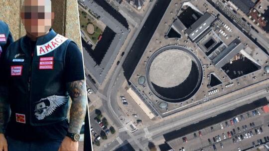41-årig Hells Angels rocker fundet hængt i cellen på Politigårdens Fængsel.