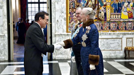 Den belgiske ambassadør Jean Francois Branders, t.v., har sagt farvel til en spion-mistænkt diplomat.