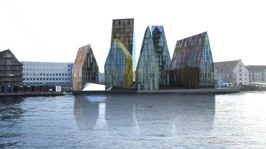 Modelfoto af det oprindeligt planlagte højhusbyggeri på Krøyers Plads på Christians Havn: Den hollandske arkitekt Erick van Egeraats seks høje huse på op til 55 meters højde. Det nye byggeri bliver kun halvt så højt.