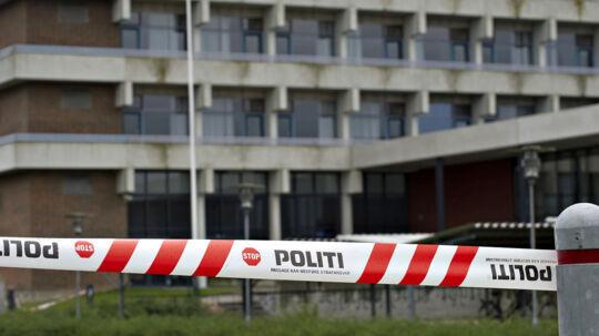 Tietgen Handelsgymnasium i Odense blev onsdag afspærret og lukket af politiet efter truslen om skyderi