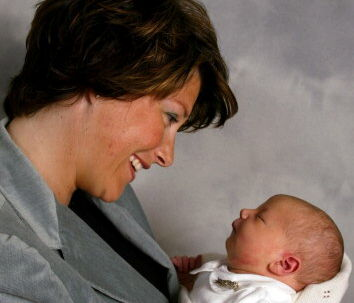 Lykken ville ingen ende tage, da Märtha Louise lige havde født lille Maud Angelica. Men nu fortæller den norske prinsesse om det hårde liv som småbørnsforælder. Foto: Scanpix