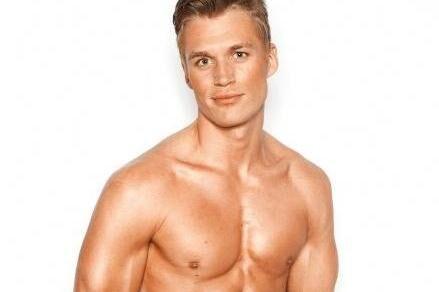 Anders Houmann repræsenterede Danmark sidste år ved Mr. Universe Model. Han placerede sig i top 15 i finalen.