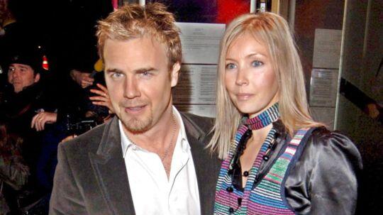 Take That-sangeren Gary Barlow og hans hustru Dawn fotograferet tilbage i 2005. Parret har netop mistet deres fjerde barn. Deres datter Poppy var dødt ved fødslen.