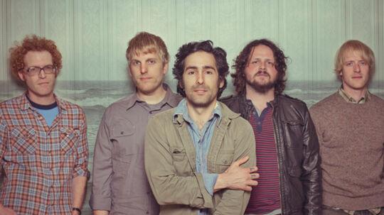 Blitzen Trappers countrypop svæver på deres uinspirerede sjette album ind ad det ene øre og ud ad det andet – kvintetten har mistet evnen til at stykke en god sang sammen.