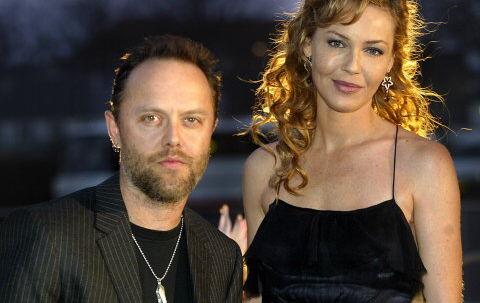 'Vi er i meget lykkelige omstændigheder,' siger Connie Nielsen til B.T. Sammen med sin danske kæreste, Metallicas trommeslager Lars Ulrich, venter hun sig til april eller maj.