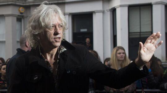 Bob Geldof er kommet i alvorlig modvind med sit Band Aid 30-projekt.