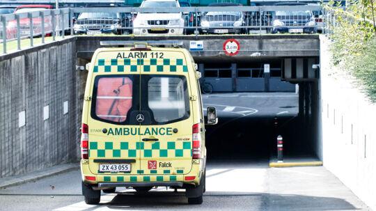 ARKIVFOTO. Regionen indrømmer endnu en fejl - de skulle have sendt en ambulance til den 12-årige dreng, der faldt om med stærke mavesmerter og døde to dage senere.