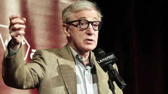 Woody Allen er havnet i et nyt opgør med adoptivdatteren Dylan Farrow.