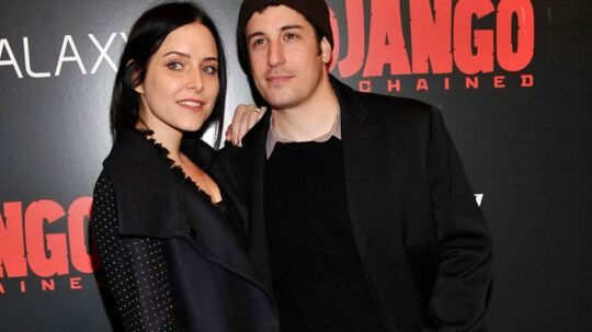 Jason Biggs, 36, med sin kone Jenny Mollen, 35.