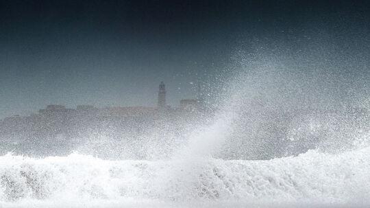 Orkanen Isaac er på vej mod USA efter bl.a. at have ramt Cuba, hvor billedet her er fra.