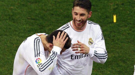 Ronaldo blev heldigvis ikke alvorligt skadet, da en fans kastede en lighter efter ham.