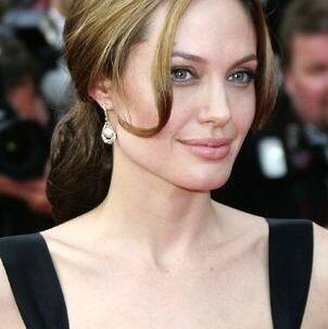 Angelina Jolie er den mest sexede filmstjerne