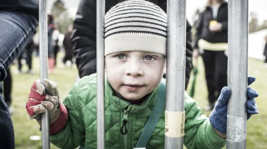 En af de yngre gæster i Fælledparken på arbejdernes internationale kampdag - 1. maj - i Fælledparken.