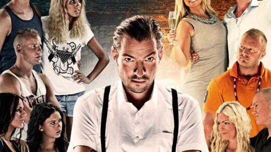 Jonas Jensen, længst til høje, vælter sig i dødstrusler. Foto TV3