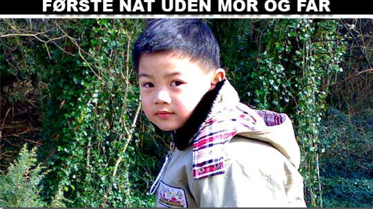 5-årige Oliver iført den jakke, han også havde på, da han blev kidnappet.