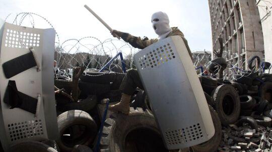 Demonstranter har de seneste dage bl.a. overtaget sikkerhedsstyrkernes hovedkvarter.