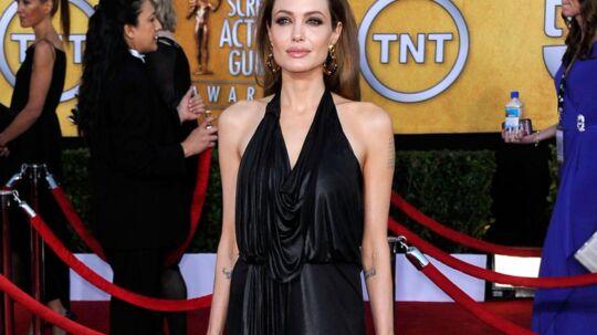 Angelina Jolie var ikke andet end skind og ben, da hun i går viste sig frem på den røde løber.