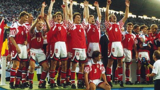 Det danske landshold er Europamestre, og Danmark eksploderer i national eufori.Nu bliver hele historien om holdet der vandt på afbud og mod alle odds til en dansk storfilm, der også skal sælges internationalt.
