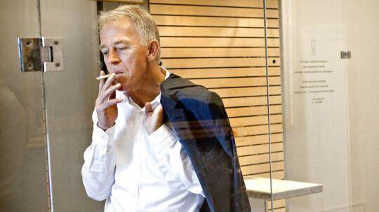 Villy Søvndal vil lægge cigaretterne på hylden efter sin blodprop i hjertet.