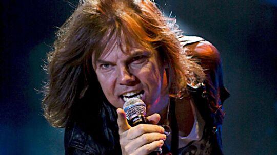 Joey Tempest fra den svenske gruppe Europe. Deres sang 'The Final Countdown' er ifølge Rolling Stones læsere én af 80'ernes absolut værste sange. Måske skulle nogen lave en liste over 'mest tonedøve musikfans'