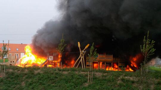 En legeplads i Ringsted brød i flammer lørdag d. 8. oktober 2011. Heldigvis kommer ingen børn til skade.