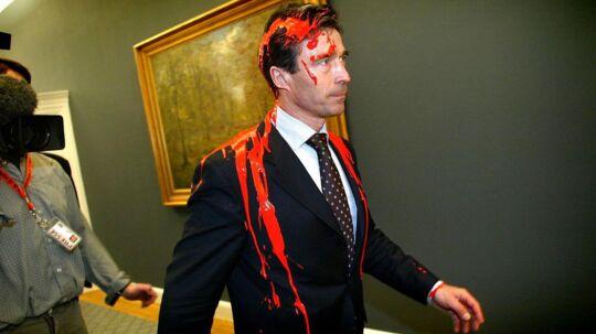 Scanpix skal have billederne - hvad enten det drejer sig om Anders Fogh Rasmussen med rød maling, Martin Luther King, kronprins Frederik i vandet eller en helt almindelig dansker, der føler, at han betaler for meget i ejendomsskat.