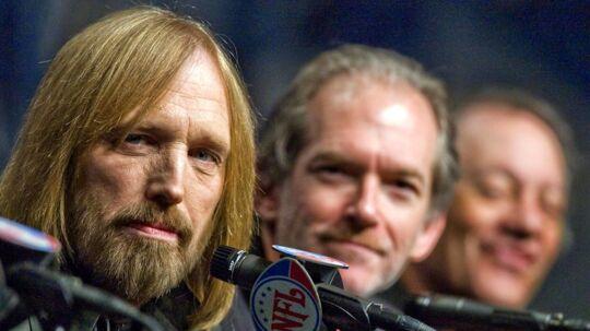 Tom Petty og hans band, da de optrådte til Superbowl i 2008