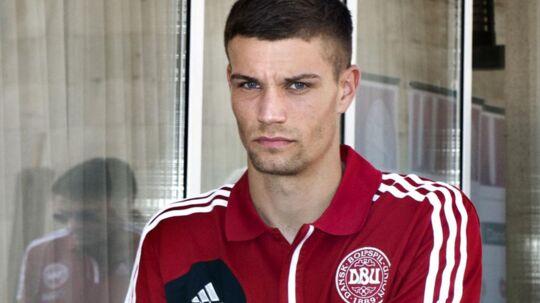 Den 23-årige Nicklas Helenius meddelte i juli, at han vendte hjem til AaB efter et mislykket ophold i engelske Aston Villa. Omtrent samme tid blev han taget i at køre gaderæs i Aalborg.