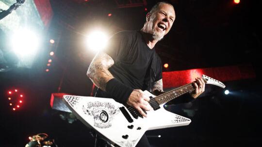 Metallica gav deres fjerde koncert i Forum. Singer James Hetfield.