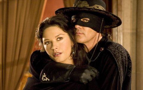 Catherine Zeta-Jones synes rollen som Zorros hårdtslående kvinde har været sjov, selvom hun er blevet øm over hele kroppen. Foto: Andrew Cooper