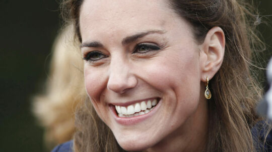Hertuginde Kate, tidligere Middleton blev fotograferet på rejse i Frankrig. Se og Hør valgte at bringe dem i et særtillæg torsdag d. 20. september.