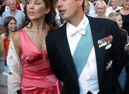 DEN GODE PRINS: Kronprins Frederik hører ikke hjemme blandt de »slemme prinsedrenge«. Han tager ikke hurtige beslutninger, når det gælder kvinder. Mary er lige nu det absolutte hit. Foto: Keld Navntoft<p</p><br>