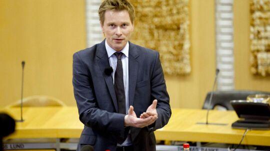 Den 31-årige Thomas Banke oplyser på et pressemøde torsdag d.10. januar 2013, at han trækker sig som borgmester i Fredericia. (Foto: Fotografhuset Brian Rasmussen/Scanpix 2013).
