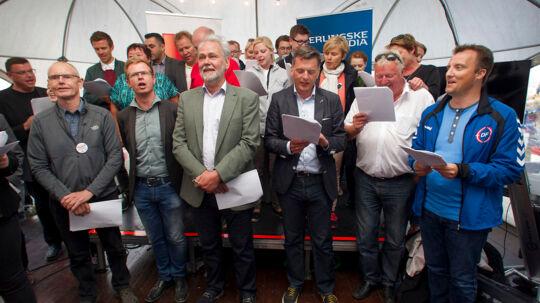 Folkemødet 2014 Politisk sangkonkurrence Blåt hold singer mod rødt hold