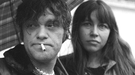 Kim Larsen, musiker og sanger, og fru Hanne fotograferet i 70erne.