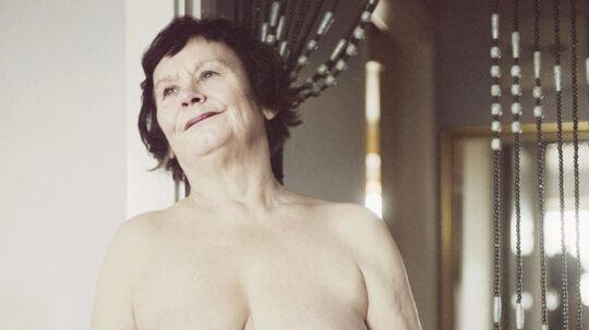 74-årige Irma er en af de ældre, der medvirker i bogen 'Elsk hele livet' og fortæller, at det er en myte, at ældre ikke har sex. 'Sex og kærlighed har ingen udløbsdato', siger hun.