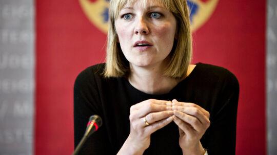 Ida Auken dropper foreløbigt at indføre strammere miljøkrav, der sikrer renere luft. Det betyder, at Danmark ikke kommer til at leve op til EUs krav på området, viser ny rapport.