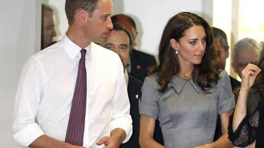 Den tynde Kate Middleton har længe kæmpet for at tage på i vægt. Nu har hun angiveligt endelig fundet en kur, der virker for hende: masser af mellemmåltider og kager.
